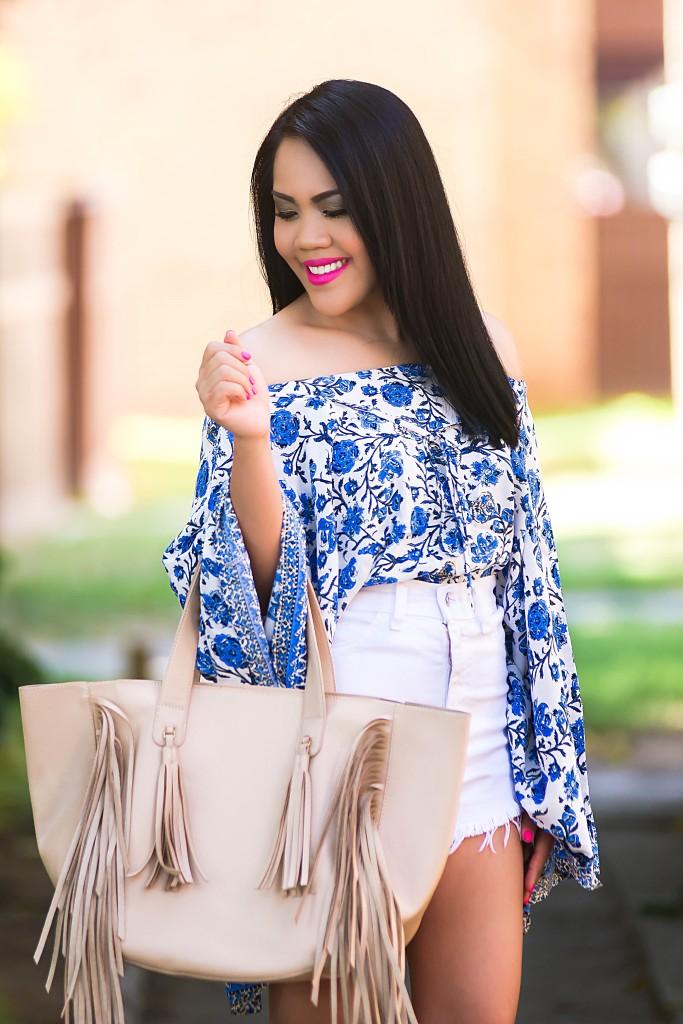 Wind Blue & White Floral Kimono