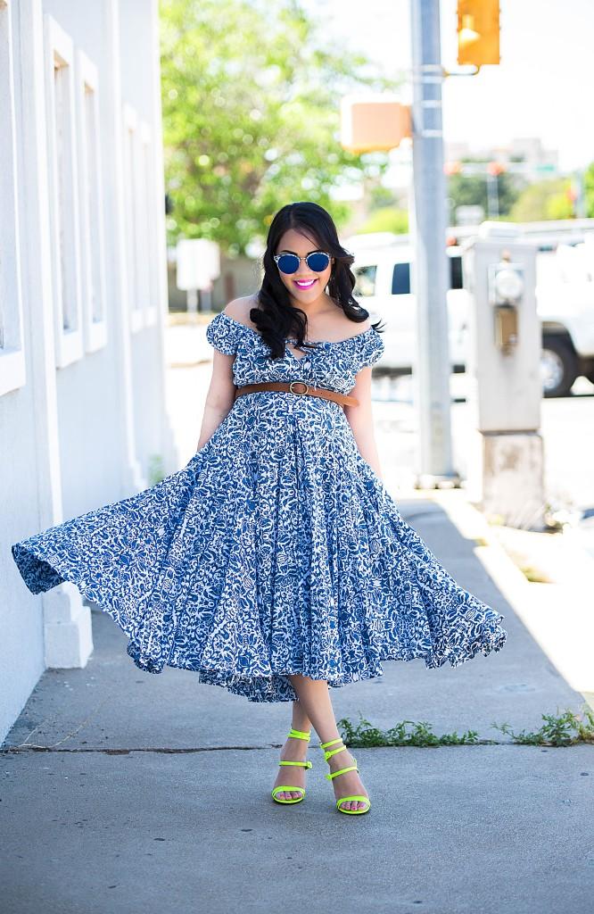 Go with the flowy dress
