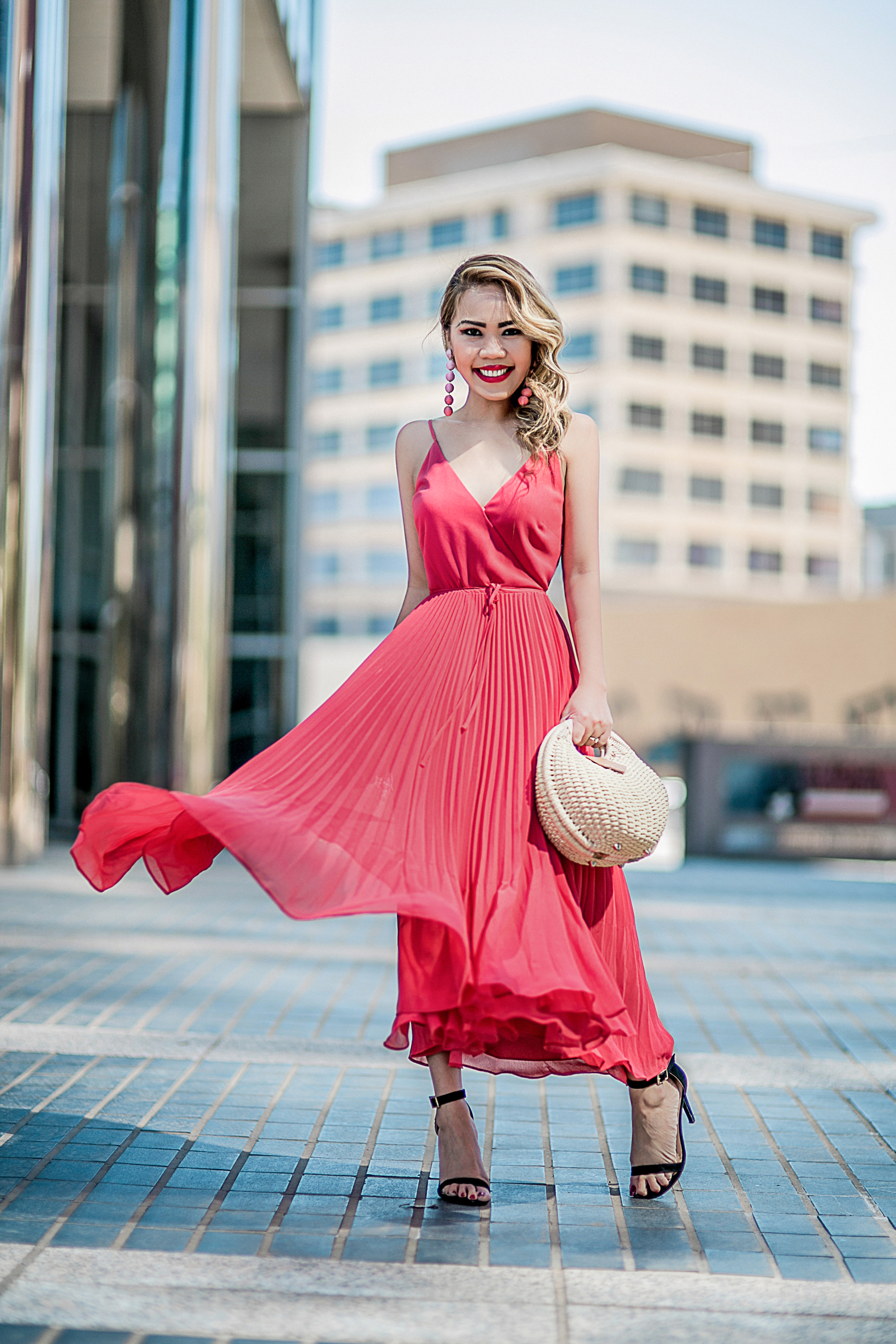 6252d91f4121 Weekend look  SPRING TRENDS I M LOVING – The Len Parent Style